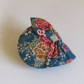 Cocktail hat, Kimono silk, blue with bow.