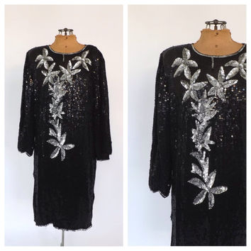 Size Large Vintage 1980s Black Silver Sequin Silk Dress Mod Shift Short Cocktail Avante Garde Party Dress New Years Eve Flapper 1920s style