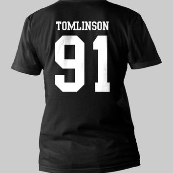 Louis Tomlinson 91 Shirt One Direction date of birth pop rock 1d Printed Back Men or Women Shirt Unisex Size  Black and White T-Shirt