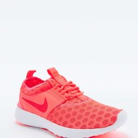 Nike Juvenate Trainers in Coral - Urban Outfitters