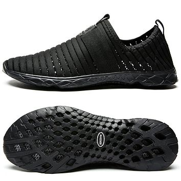 New Breathable Mens Shoes Summer Slip On Beach Shoes Flat Ladies Walking Water Shoes Mesh Casual Shoes