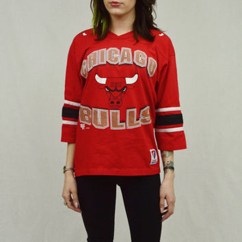 Chicago Bulls Shirt Basketball Sports Tshirt 90s Womens MED Preppy Hipster Soft Grunge Athletic Womens Clothing 1990s Retro Style V neck