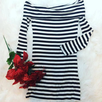 PEPPERMINT LANE TUNIC IN BLACK