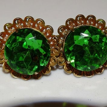 Vintage Green Rhinestone Screw-back Earrings, Emerald Green Glass, Mid-Century Modern, Irish Green