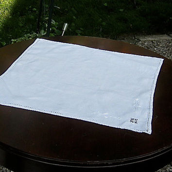 Vintage Linen Tablecloth White Rectangular Place Mat Doily Vintage Drawn Thread Cut Work Embroidery Tableware