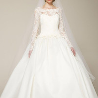 New Arrival Beautiful Long Sleeve Wedding Dress with Lace and Scalloped Charming Wedding Dress QT679