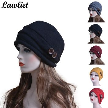 Women Wool Hats Autumn Winter Beanie Hat Wool Knitted Hats with Button CRYSTAL Ladies Fashion Warm Bonnet Hat Women Skullies Cap