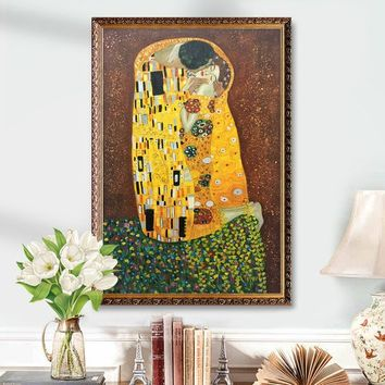 Gustav Klimt The Kiss Portrait painting Art Reproduction oil Painting for living room Home Decor Wall Pictures Wall art in Museum Quality