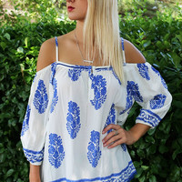 Roman Revival Flowy Blue & Cream Cold Shoulder Tunic