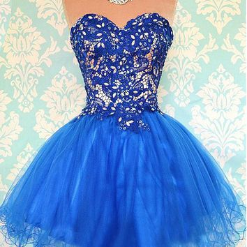 [78.56] Chic Tulle & Lace Sweetheart Neckline Short A-line Homecoming Dress - Dressilyme.com