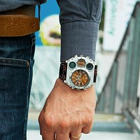 Oulm Sports Watches Super Big Style Quartz Watch Male Dual Time Zone Decorative Thermometer Compass PU Men's Wristwatch