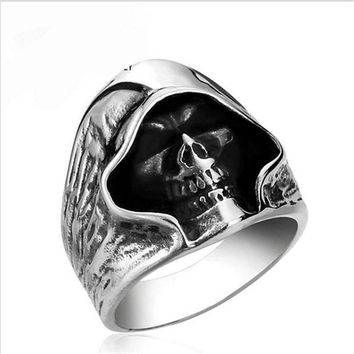 ac PEAPO2Q fashion Men Tough guy punk style Retro grim Reaper skull rings high quality 316L Biker free delivery