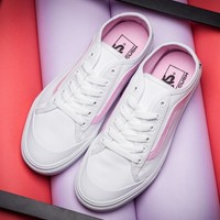 VANS BLACK BALL SF OMG Women's white and pink skateboard shoes