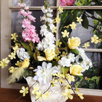 Easter Floral Table Decorations - Table Centerpieces - Home Decorations - Summer Floral Arrangement - Home Accents