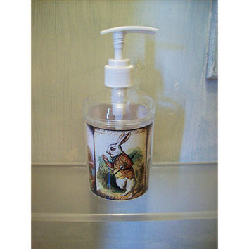 Alice in Wonderland soap dispenser retro vintage Victorian fairy tale bathroom