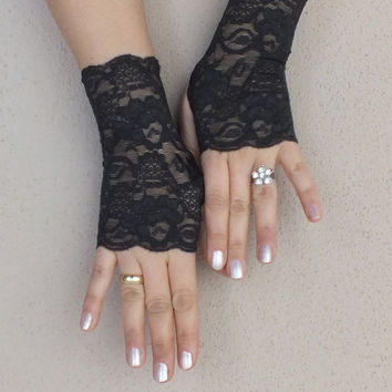 Very dark gray lace gloves free ship wedding prom bridal black burlesque steampunk noir gypsy lolita cocktail tea party bridesmaid gift