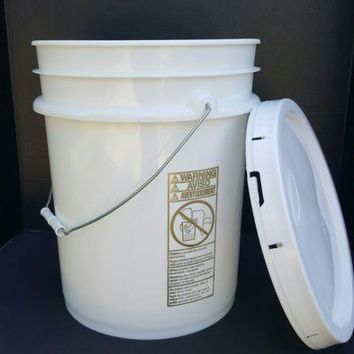New 5 Gallon Bucket Pail And Solid Lid Food Grade Heavy Duty 90Mil White