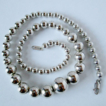 Vintage Sterling Silver Beaded Necklace Round Ball Beads Graduated Size Length 18.5 Inches Adjustable Very Good Condition Smart Fashion