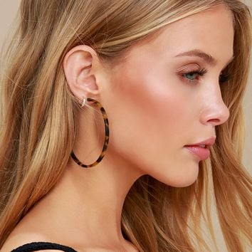 Bernice Tortoise Hoop Earrings