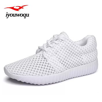iyouwoqu Summer Running shoes for men and Women sneakers 2017 New Arrivals Couple outdoor Breathable Mesh sport Women gym shoes