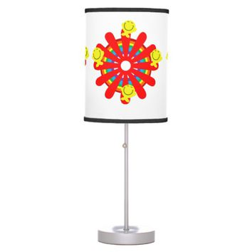 A round of happiness desk lamp