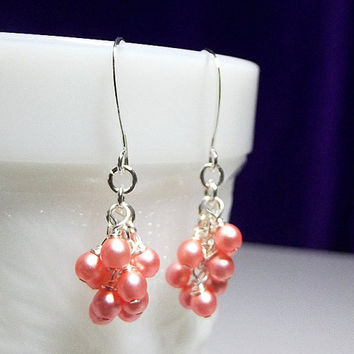 Peach Orange Pearl Small Cluster Earrings, Mothers Day Gift Aunt Mom Sister Bridesmaid Christmas Gift Birthday Gift