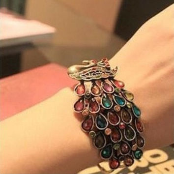 European Retro Fashion Peacock Wings Multicolored Crystal Bracelet
