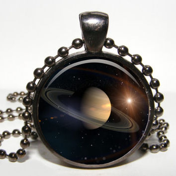 Saturn planet Pendant. Saturn necklace. Space pendant. Galaxy pendant. Saturn universe pendant necklace.