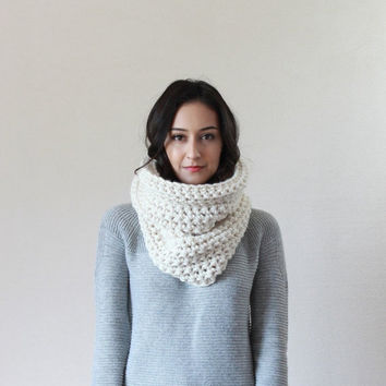 SPRING SALE READY To Ship - The Lille, Chunky Cowl - Fisherman