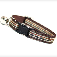 "Cat Collar - ""Watson"" - English Brown Houndstooth Check"