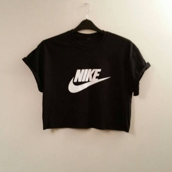 cb7cbe6ca6a unisex customised nike cropped t shirt sz small festival swag