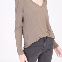Long Sleeve V-Neck Top in Olive
