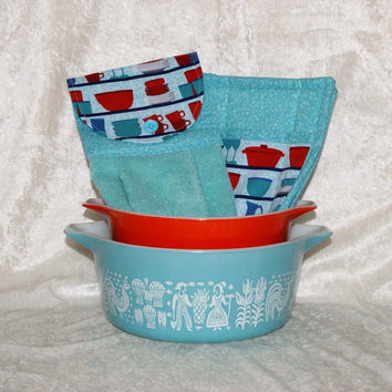 3 Piece Kitchen Set • Handmade Hanging Hand Towel • 2 Pot Holders • Vintage Pyrex & Fiesta Dishes • Retro Dish Cupboard Red Turquoise Blue