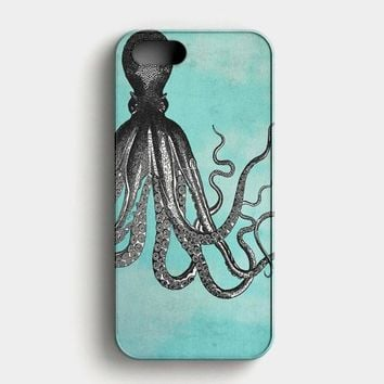 The Telepathic Octopus  Black Octopus With Blue Background iPhone SE Case