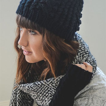 Braided Beanie - Black
