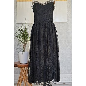 Vintage Lavish  Lace Dress