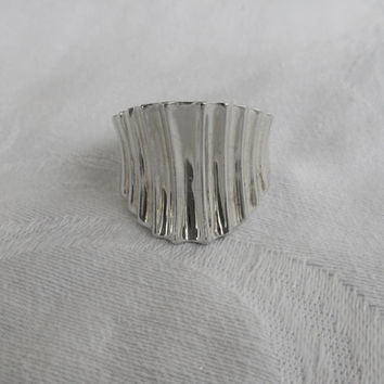 Vintage Sterling Silver Ring, Modernist Ribbed Silver Ring, Wide Statement Ring Size 10