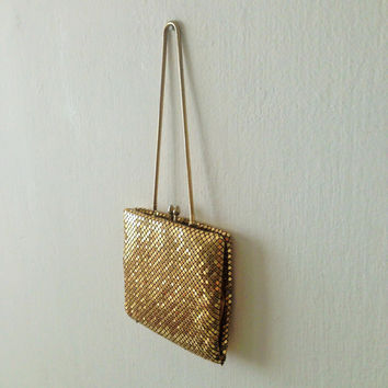 Vintage fashion in Mesh by Gold international  Wallet Whiting and Davis 1950s Change Purse Metal Billfold, Free Shipping