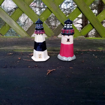 Lighthouse salt and pepper shakers salt and pepper vintage salt pepper shakers retro shakers kitchenware ocean theme lighthouse ceramic