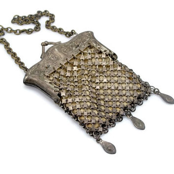 Little Antique GERMAN Silver Mesh Coin Purse Metal Purse Repousse Metal Victorian Purse