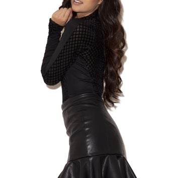 Clothing : Skirts : 'Milana' Black Quilted Leatherette Mini Ruffle Skirt