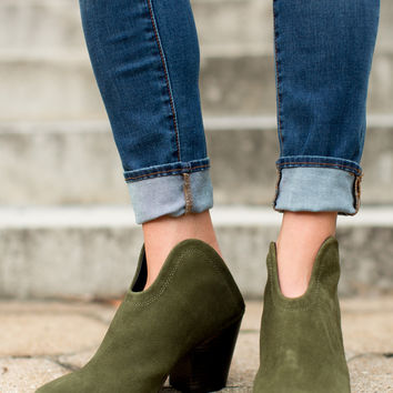 Chinese Laundry Kelso Bootie - Olive