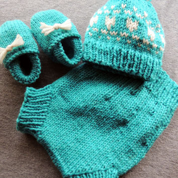 Blue heart hat, newborn pom pom hat, baby heart hat, baby pom pom hat, first valentines day, newborn moccs, baby moccs, cloth diaper cover