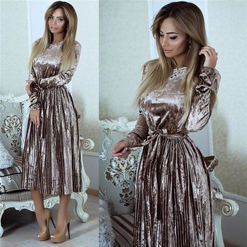 Grey Pleated Sashes Round Neck Fashion Midi Dress