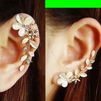 Cat's Eye Gem Flower Ear Cuff (Single, No Piercing)