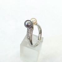 18k white gold double pearl diamond ring