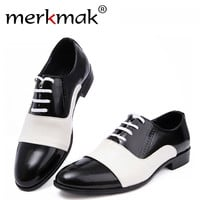 2017 New Spring Autumn Fashion Men Shoes Patent Leather Men Dress Shoes White Black Male Soft Leather Wedding Party Oxford Shoes