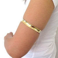 Upper arm cuff, gold anticlastic above the elbow armlet, tribal fusion bracelet, gift under 40