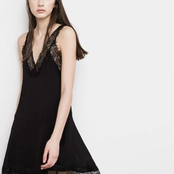 Black Sleeveless Lace Patchwork V-Neck A-Line Dress
