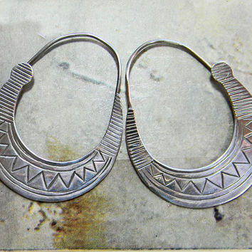 Sterling Silver Earrings Signed Woods Abstract Southwest Chevron Design Pierced